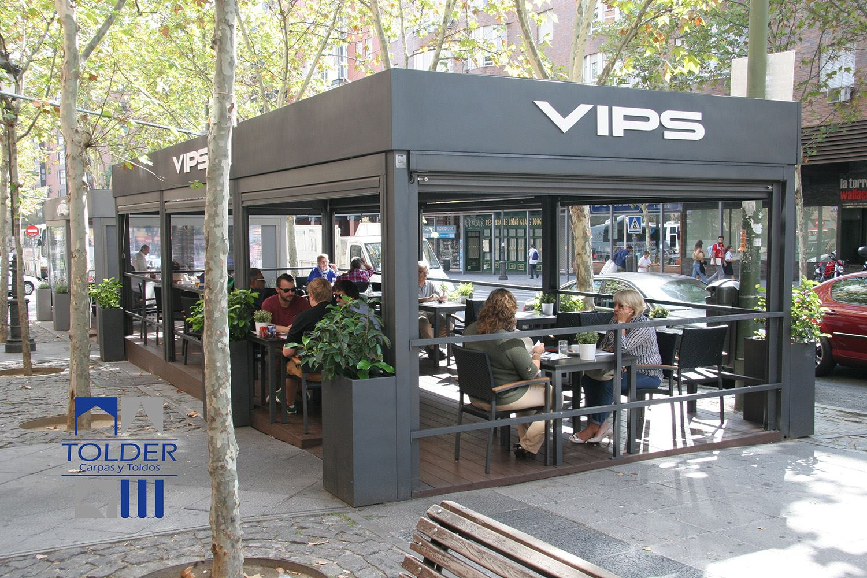 Pérgola para terraza del VIPS Rivera de Curtidores, Madrid. Fotografías de RTorío.