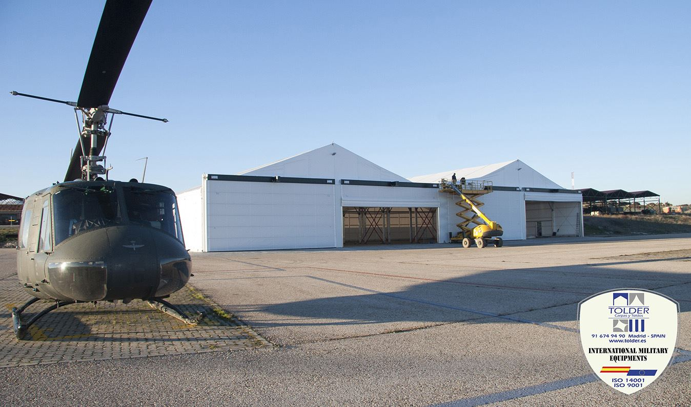 Hangares militares