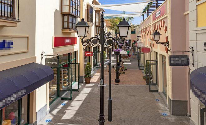 Pérgolas y marquesinas CC Plaza Mayor 2 Tolder